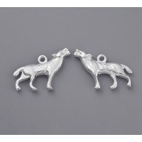 18x26mm Howling Wolf Charms, Shiny Silver, Pack of 5