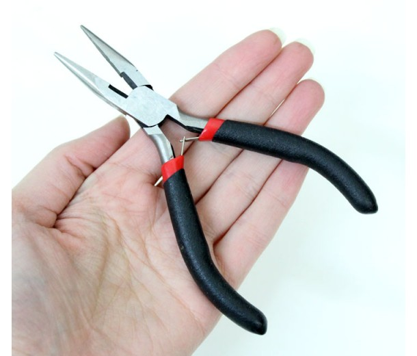 2-in-1 Jewelry Pliers: Chain Nose and Cutting, Red and Black