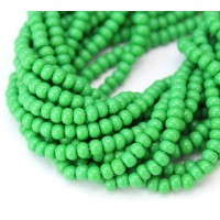 6/0 Czech Round Rocaille Seed Beads, Opaque Green, Sold by 6-String Hank