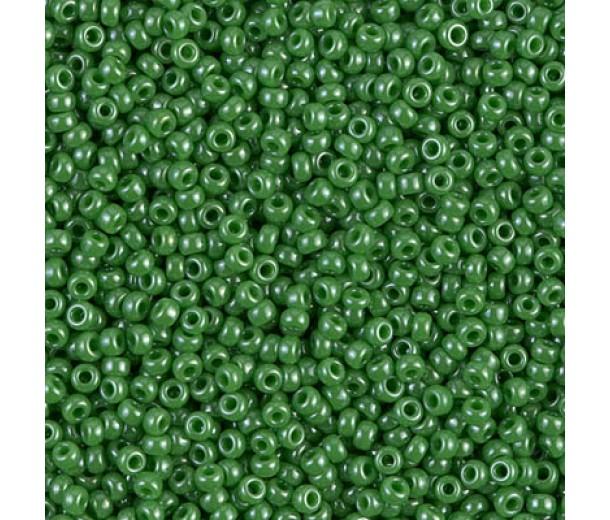 11/0 Miyuki Round Rocaille Seed Beads, Medium Green Luster, 10 Gram Bag