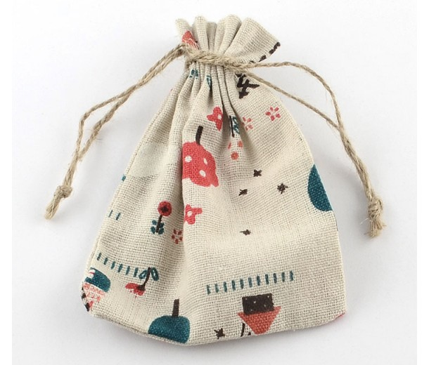Cotton Drawstring Pouch, Backyard Print on Beige, 9x6.6 inch