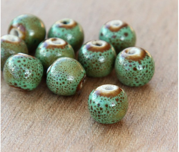 10mm Round Ceramic Beads, Leaf Green