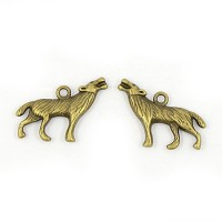 18x26mm Howling Wolf Charms, Antique Brass, Pack of 5