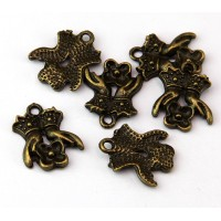 16mm Victorian Hands Charms, Antique Brass, Pack of 5
