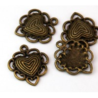 23mm Festooned Heart Charms, Antique Brass