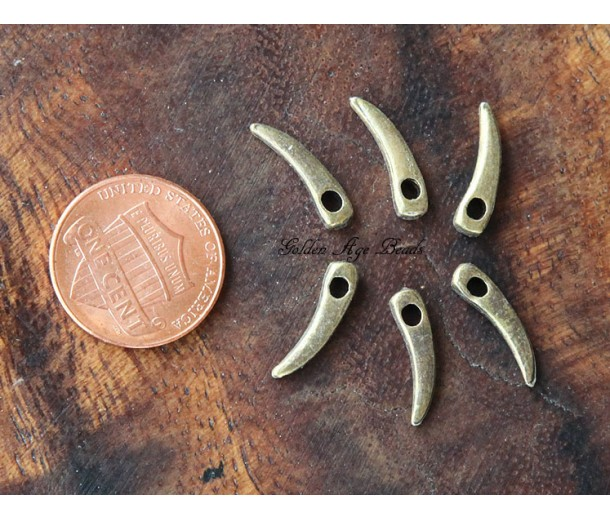 14mm Claw Charms, Antique Brass, Pack of 20