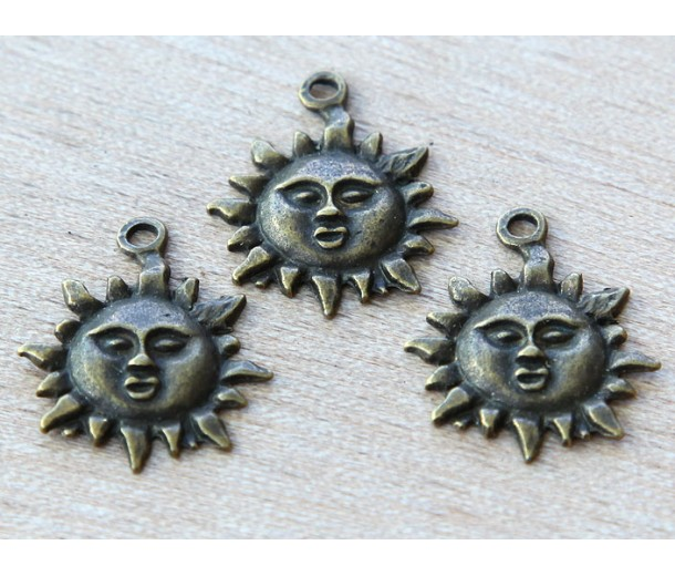 22mm Sun Face Charms, Antique Brass, Pack of 5