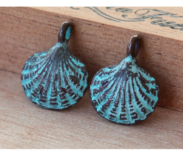 18x15mm Scallop Shell Charms, Green Patina