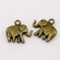 18x20mm Medium Elephant Charm, Antique Brass, 1 Piece