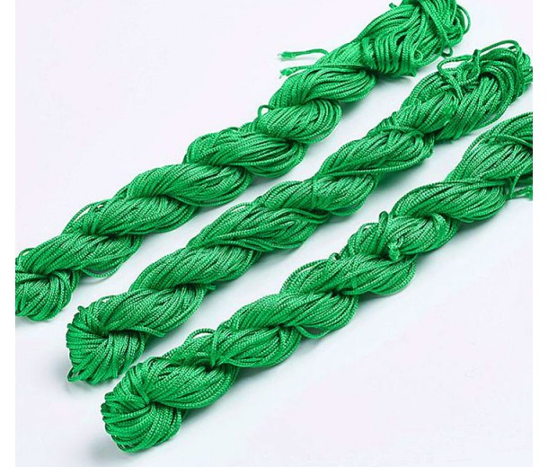 1mm Chinese Knotting Cord, Kelly Green, 24 Meter Bundle