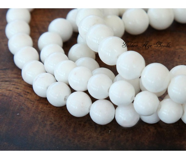 White Mountain Jade Beads, 8mm Round