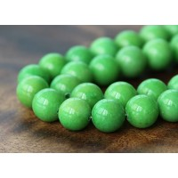 Apple Green Mountain Jade Beads, 10mm Round