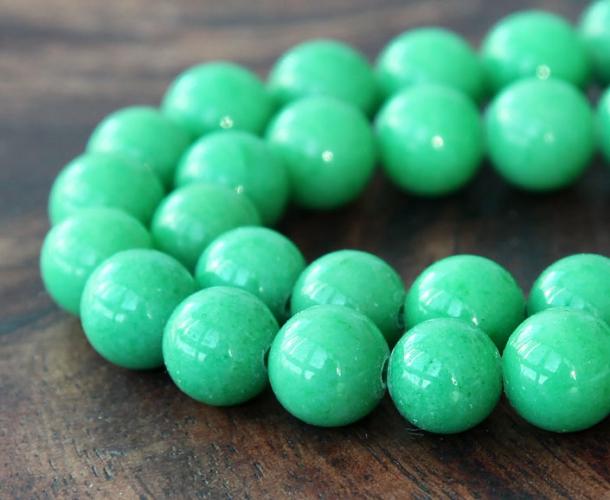 Pastel Green Green Mountain Jade Beads 10mm Round