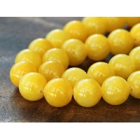 Yellow Mountain Jade Beads, 10mm Round