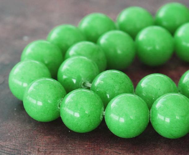 Apple Green Mountain Jade Beads 12mm Round Golden Age Beads