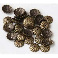 7mm Flat Swirl Bead Caps, Antique Brass, Pack of 40