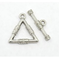 21x23mm Bali Triangle Toggle Clasp, Antique Silver, 1 Set