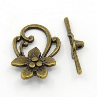 29x20mm Floral Toggle Clasp, Antique Brass