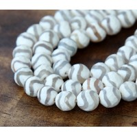 Dzi Agate Beads, White Wave, 8mm Faceted Round