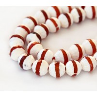 Dzi Agate Beads, White with Caramel Stripe, 10mm Faceted Round