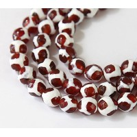 Dzi Agate Beads, Caramel Brown and White, 10mm Faceted Round