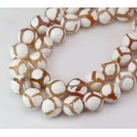 Dzi Agate Beads, White with Tan Veins, 10mm Faceted Round