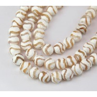 Dzi Agate Beads, Tan Wave, 8mm Faceted Round