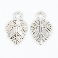 18mm Flat Leaf Charms, Antique Silver, Pack of 20