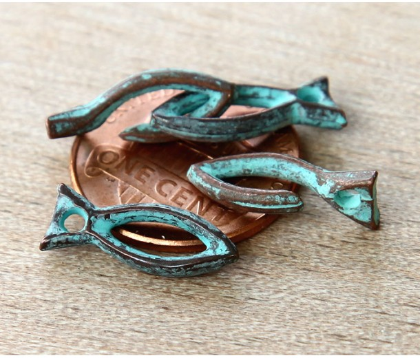 16mm Rustic Fish Hook Clasp, Green Patina, Pack of 4 Sets