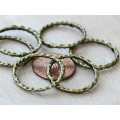 23mm Linking Rings With 2 Holes, Antique Brass, Pack of 10