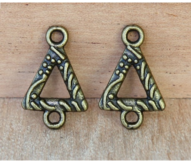 11x16mm Textured Triangle Links, Antique Brass