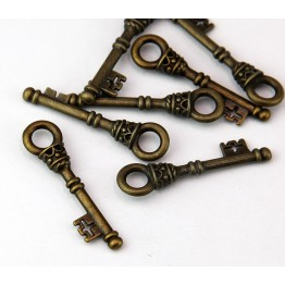 35mm Medieval Key Charm, Antique Brass